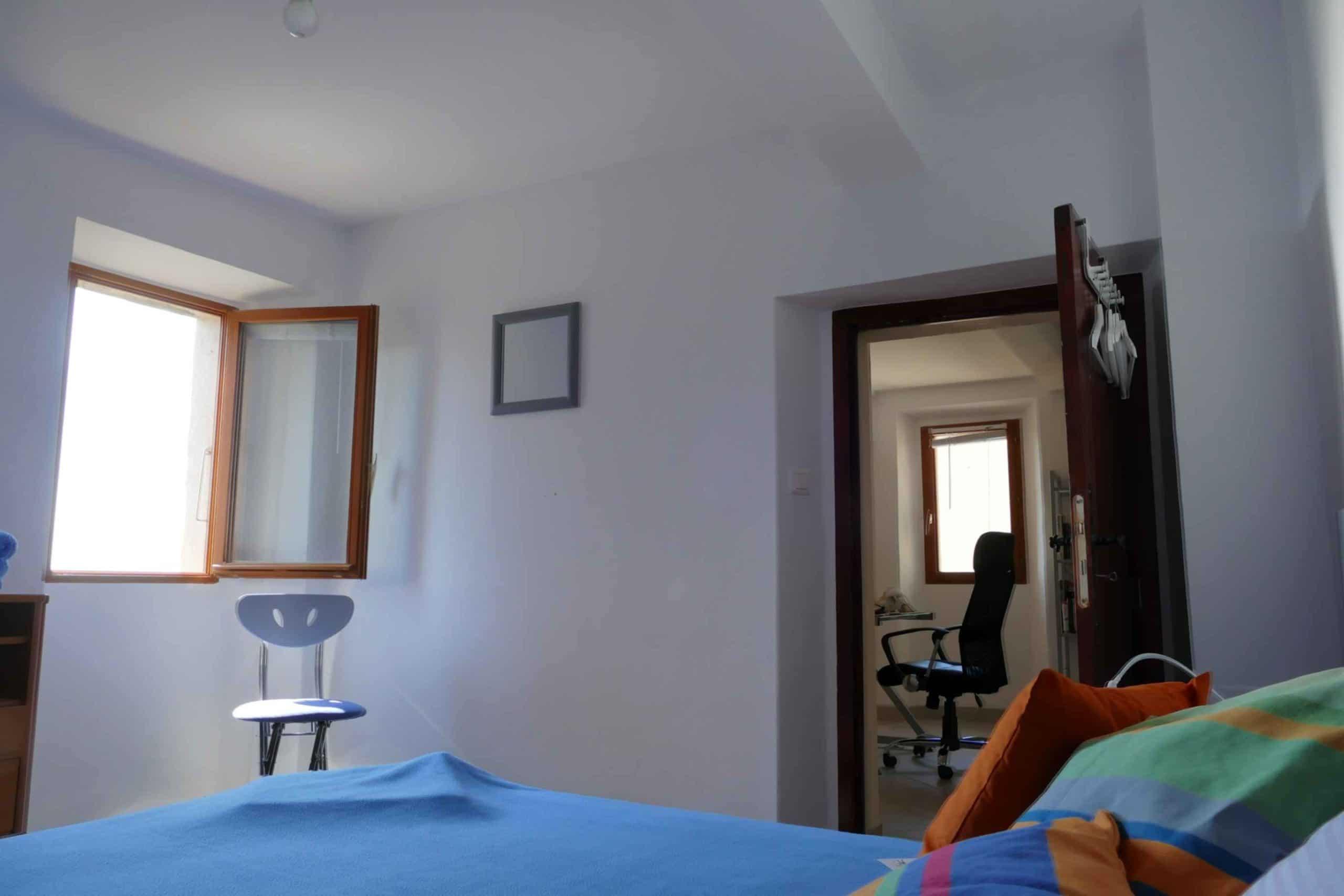 chambre_papillons_porte_entree