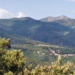Les gîtes Vallespir sont hébergés dans le petit village de Taulis, à flan de Canigou