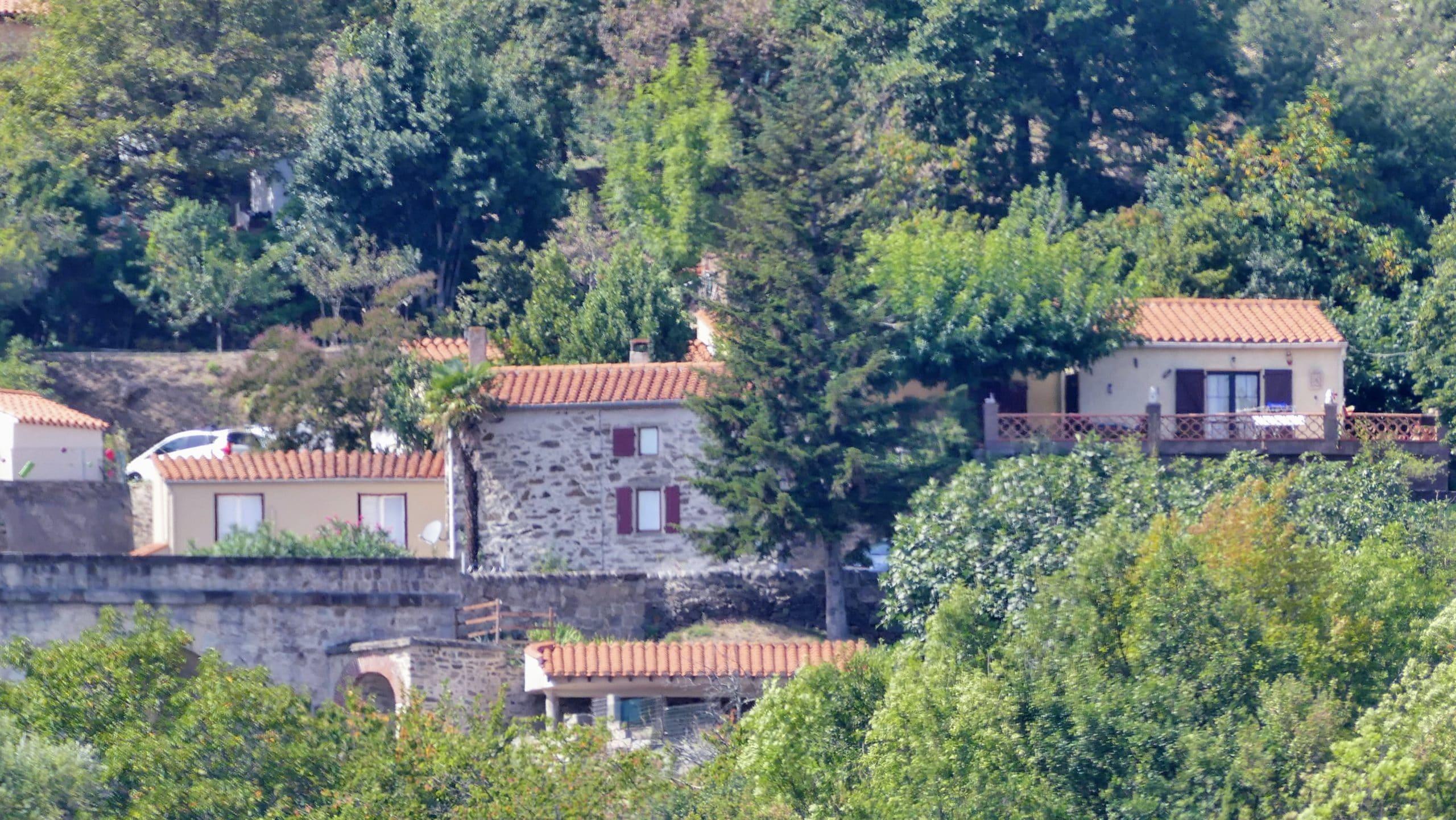Juste sous Can Stick se trouve l'ancien lavoir du village