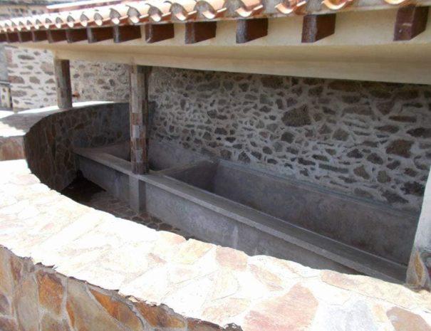 Lavoir de Taulis, juste sous le gîte Can Stick