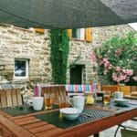 Table extérieur pour 8 vacanciers